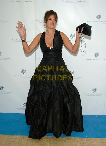 TRACEY EMIN.Raisa Gorbachev Foundation Launch Party, Althrop, Northamptonshire, England,.10th June 2006..full length tracy black dress low cut bra cleavage funny hands up gesture.Ref: PL.www.capitalpictures.com.sales@capitalpictures.com.©Capital Pictures