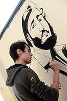 Roma, 30 Novembre 2016<br /> Uno studente dipinge il ritratto di Fidel Castro in sua memoria.<br /> Liceo artistico Argan.<br /> Studentesse e studenti occupano la scuola contro la riforma del Governo Renzi.<br /> Murales, pulizie, corsi e assemblee in autogestione.