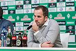 10.02.2019, Weserstadion, Bremen, GER, 1.FBL, Werder Bremen vs FC Augsburg<br /> <br /> DFL REGULATIONS PROHIBIT ANY USE OF PHOTOGRAPHS AS IMAGE SEQUENCES AND/OR QUASI-VIDEO.<br /> <br /> im Bild / picture shows<br /> Manuel Baum (Trainer / Head Coach FC Augsburg) bei PK / Pressekonferenz nach dem Spiel, <br /> <br /> Foto © nordphoto / Ewert
