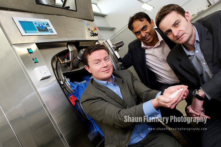 Pix: Shaun Flannery/shaunflanneryphotography.com...COPYRIGHT PICTURE>>SHAUN FLANNERY>01302-570814>>07778315553>>..24th November 2010..........Finance Yorkshire - Xeros Ltd.Unit 14, Evolution.Advanced Manufacturing Park, Whittle Way, Catcliffe, Rotherham..Pictured are Ashwin Kumaraswamy (pink shirt) of Finance Yorkshire, Bill Westwater (blue shirt), CEO Xeros, Julian Veggers (stripe shirt), Head of Head of Technology Investment EV.