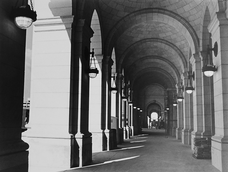 Washington Union Station Colonnade, in October 2. (Photo by Andrea Mohin/CQ Roll Call via Getty Images)
