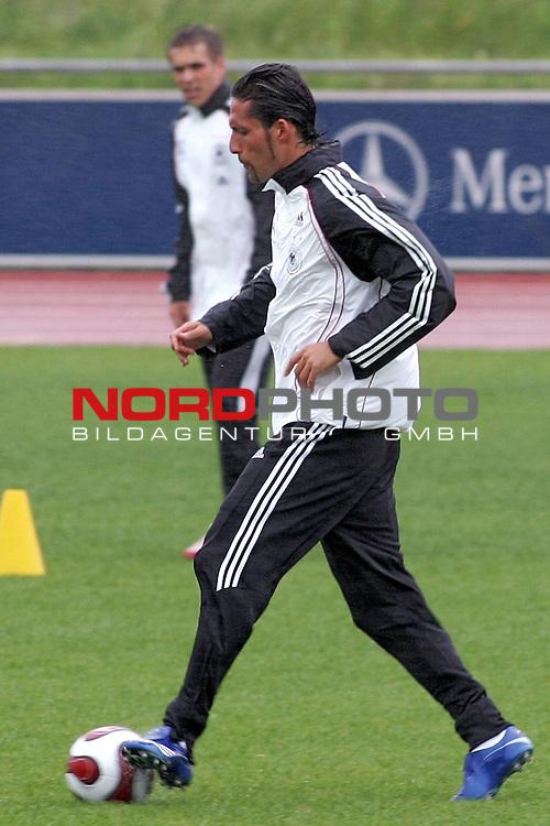 Training Deutsche Nationalmannschaft EM-Qualifikationsspiel Deutschland - San Marino<br /> <br /> Einzelaktion Kevin Kuranyi.<br /> Foto &copy; nph (nordphoto)<br /> <br /> <br /> <br />  *** Local Caption ***