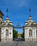 Uniwersytet Warszawski - brama wjazdowa, Krakowskie Przedmieście, Warszawa<br /> Warsaw University - entrance gate, Krakowskie Przedmieście, Warsaw