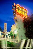 Vagabond Motel Miami, Architect Robert Swartburg 1953
