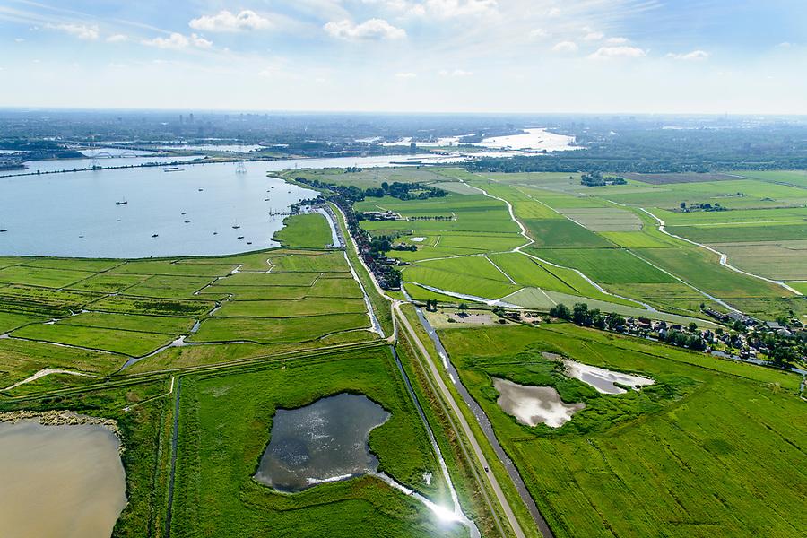 Nederland, Noord-Holland, Amsterdam, 13-06-2017; Polder IJdoorn, buitendijkse polder gelegen in IJsselmeer ((IJmeer), ter hoogte van Durgerdam. Polder is eigendom van de Vereniging Natuurmonumenten.<br /> Polder IJdoorn, located in IJsselmeer near Amsterdam.<br /> luchtfoto (toeslag op standaard tarieven);<br /> aerial photo (additional fee required);<br /> copyright foto/photo Siebe Swart