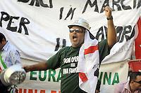 Roma 28 Luglio 2010.Piazza Monte Citorio.Lavoratori dell'Alcoa Sardegna e Sindaci manifestano di fronte al Parlamento .Workers Alcoa Sardinia and mayors protest before Parliament...