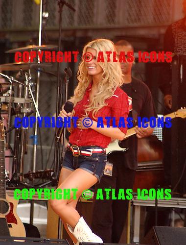 JESSICA SIMPSON Live.Photo Credit: Eddie Malluk/Atlas Icons.com