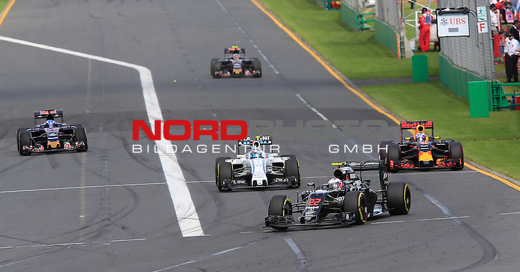 20.03.2016. Albert-Park-Circuit, Melbourne,  AUS, F1, Formula 1 Rolex Australien Grand Prix,  Race01 im Bild   <br /> Jenson Button (GB#22), McLaren Honda Formula 1 Team,Daniel Ricciardo (AUS#3), Infiniti Red Bull Racing,Felipe Massa (BRA#19), Williams Martini Racing,Max Verstappen (NEL#33), Scuderia Toro Rosso,Carlos Sainz Jr. (SPA#55), Scuderia Toro Rosso<br /> <br /> <br /> Foto &copy; nordphoto /  Bratic