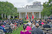 United States President Barack Obama, right, and President XI Jinping of China, right, conduct a joint press conference in the Rose Garden of the White House in Washington, DC on Friday, September 25, 2015.<br /> Credit: Ron Sachs / CNP