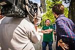 im Bild: Fersehen / Interview / Fan / Kamera, <br /><br /><br />Sport: nphgm001: Fussball: 1. Bundesliga: Saison 19/20: 34. Spieltag: SV Werder Bremen vs 1.FC Koeln 27.06.2020 <br /><br />Foto: Rauch/gumzmedia/nordphoto<br /><br />EDITORIAL USE ONLY