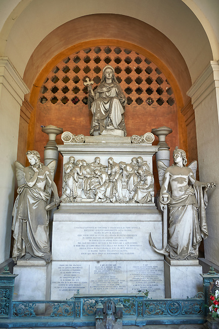 Picture and image of the stone sculptured monumental tomb of the Bracelli Spinola family sculpted by S Varni 1864. Section D no 8, the Staglieno Monumental Cemetery, Genoa, Italy