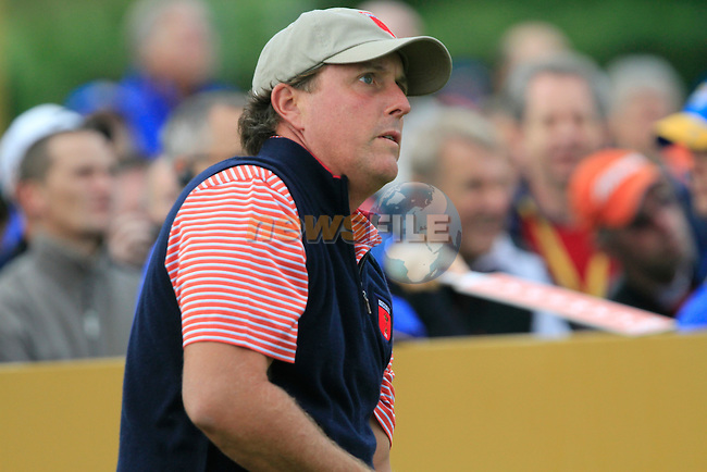 Phil Mickelson tees off on the 6th tee during Practice Day 3 of the The 2010 Ryder Cup at the Celtic Manor, Newport, Wales, 29th September 2010..(Picture Eoin Clarke/www.golffile.ie)