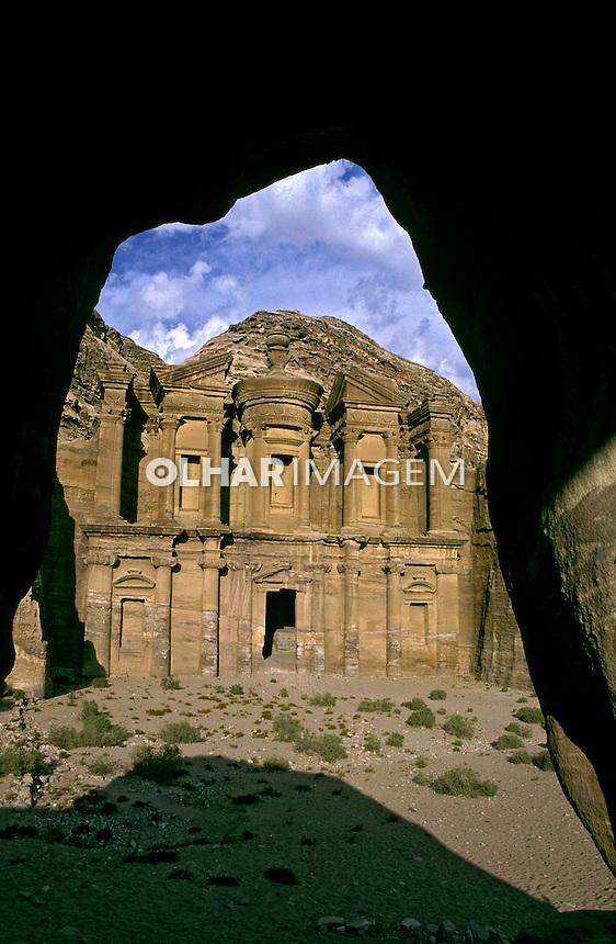 Fachada do monastério El Deir. Petra. Jordânia. 1995. Foto de João Caldas