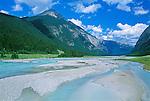 Yoho River, Yoho NP, BC, Canada