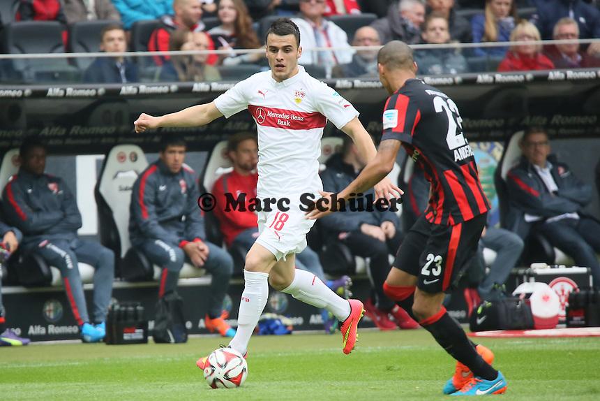 Filip Kostic (VfB) gegen Bamba Anderson (Eintracht) - Eintracht Frankfurt vs. VfB Stuttgart, Commerzbank Arena