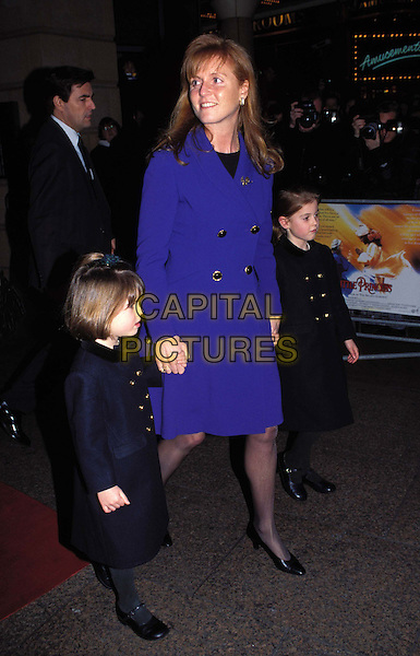 SARAH FERGUSON & HER CHILDREN.Ref:2132.eugenie, beatrice, fergie, full length, full-length.*RAW SCAN - photo will be adjusted for publication*.www.capitalpictures.com.sales@capitalpictures.com.© Capital Pictures