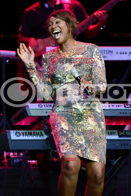 HOLLYWOOD FL - JULY 15 : Yolanda Adams performs at Hard Rock live held at the Seminole Hard Rock hotel &amp; Casino on July 15, 2012 in Hollywood, Florida.<br />  &copy; mpi04/MediaPunch*NORTEPHOTO.com*<br /> <br /> **SOLO*VENTA*EN*MEXICO**<br /> **CREDITO*OBLIGATORIO** <br /> **No*Venta*A*Terceros**<br /> **No*Sale*So*third**<br /> *** No*Se*Permite Hacer Archivo**<br /> **No*Sale*So*third**