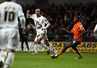 Pictured: Darren Pratley of Swansea City in action<br /> Re: Coca Cola Championship, Swansea City FC v Reading at the Liberty Stadium. Swansea, south Wales, Saturday 17 January 2009<br /> Picture by D Legakis Photography / Athena Picture Agency, Swansea 07815441513