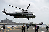 Marine One, with United States President Barack Obama and First Lady Michelle Obama aboard, lifts off from the Downtown Manhattan/Wall Street Heliport towards JFK Airport in New York New York, on September 29, 2015. <br /> Credit: Anthony Behar / Pool via CNP