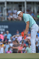 Jordan Spieth (USA) watches his putt on 18 during round 4 of the Houston Open, Golf Club of Houston, Houston, Texas. 4/1/2018.<br /> Picture: Golffile | Ken Murray<br /> <br /> <br /> All photo usage must carry mandatory copyright credit (&copy; Golffile | Ken Murray)
