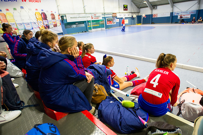 Mannheim, Germany, November 16: During the OB-tournament preparation indoor hockey match between Mannheimer HC and Ruesselheimer RK on November 16, 2019 at TSV Mannheim in Mannheim, Germany. (Copyright Dirk Markgraf / 265-images.com) ***
