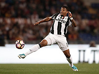 Calcio, Serie A: Roma, stadio Olimpico, 14 maggio 2017.<br /> Juventus' Mario Lemina in action during the Italian Serie A football match between AS Roma and Juventus at Rome's Olympic stadium, May 14, 2017.<br /> UPDATE IMAGES PRESS/Isabella Bonotto