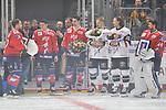 v.l. Mannheims Marcus Kink (Nr.17), Mannheims Marcel Goc (Nr.23), Mannheims Sinan Akdag (Nr.7)  Koelns Moritz Mueller (Nr.91), Koelns Christan Erhoff (Nr.10) und Mannheims Dennis Endras (Nr.44) werden geehrt fuer die olympischen Spiele beim Spiel in der DEL, Adler Mannheim (rot) - Koelner Haie (weiss).<br /> <br /> Foto &copy; PIX-Sportfotos *** Foto ist honorarpflichtig! *** Auf Anfrage in hoeherer Qualitaet/Aufloesung. Belegexemplar erbeten. Veroeffentlichung ausschliesslich fuer journalistisch-publizistische Zwecke. For editorial use only.
