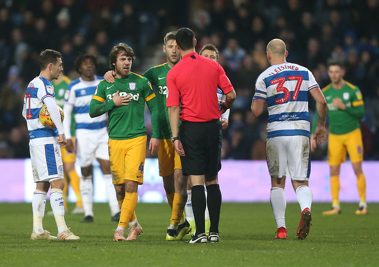 Preston North End's Ben Pearson and Paul Gallagher have words with the referee<br /> <br /> Photographer Rob Newell/CameraSport<br /> <br /> The EFL Sky Bet Championship - Queens Park Rangers v Preston North End - Saturday 19 January 2019 - Loftus Road - London<br /> <br /> World Copyright &copy; 2019 CameraSport. All rights reserved. 43 Linden Ave. Countesthorpe. Leicester. England. LE8 5PG - Tel: +44 (0) 116 277 4147 - admin@camerasport.com - www.camerasport.com