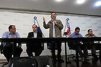 RIO DE JANEIRO, RJ, 16 JULHO 2013 - PREFEITURA APRESENTA PLANO OPERACIONAL PARA A JMJ - O prefeito Eduardo Paes apresentou o plano operacional da cidade para a JMJ. A prefeitura informou sobre a estrutura de mobilidade urbana as interdições no transito, os feriados e as sinalizações para ajudar os peregrinos durante o evento. Na cidade nova centro da  cidade. Nessa terça 16. (FOTO: LEVY RIBEIRO / BRAZIL PHOTO PRESS)