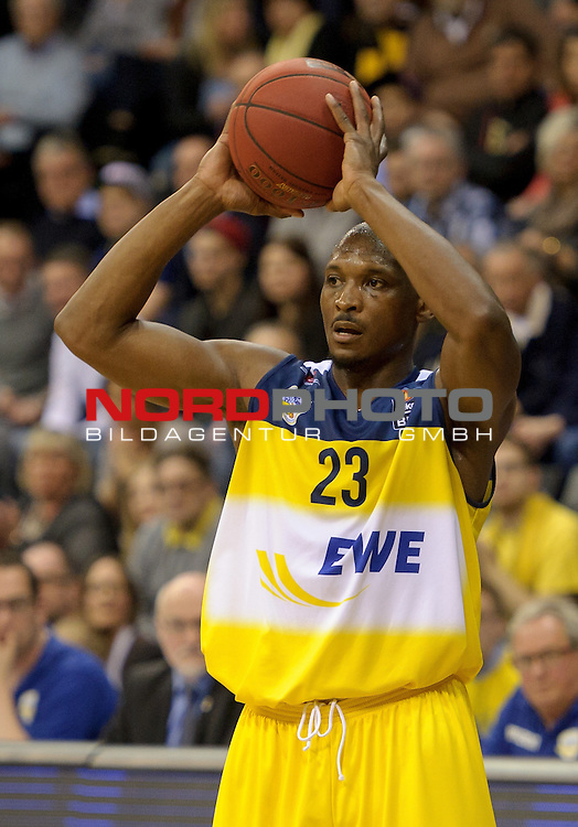 29.03.2015, EWE Arena, Oldenburg, GER, BBL, EWE Baskets Oldenburg vs Artland Dragons, im Bild Rickey Paulding (Oldenburg #23)<br /> <br /> Foto &copy; nordphoto / Frisch