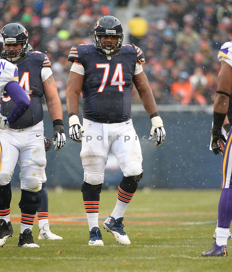 Chicago Bears Jermon Bushrod (74) during a game against the Minnesota Vikings on November 16, 2014 at Soldier Field in Chicago, IL. The Bears beat the Vikings 21-13.
