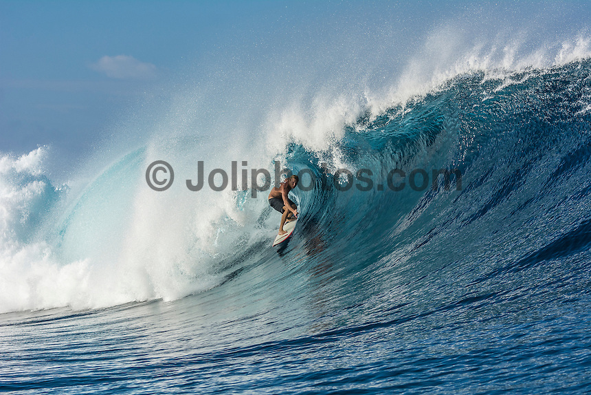 Namotu Island Resort, Fiji. Sunday February 8 2015) Casey Twight (AUS) surfing Cloudbreak. - The surf  this morning was in the 4'- 6' range. Cloudbreak was the pick spot but Restaurants was also breaking in the 3' range.  Photo: joliphotos.com