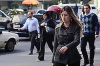 SAO PAULO, 10 DE JULHO DE 2012 - CLIMA TEMPO SP - Manha ensolarada de baixas temperaturas na Avenida Paulista, regiao central da capital, nesta terca feira. FOTO: ALEXANDRE MOREIRA - BRAZIL PHOTO PRESS