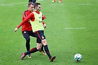 Branimir Hrgota (Eintracht Frankfurt) gegen Max Besuschkow (Eintracht Frankfurt) - 10.10.2017: Eintracht Frankfurt Training, Commerzbank Arena