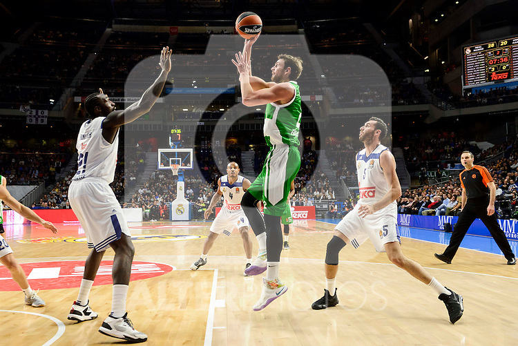 Real Madrid's player Othello Hunter and Rudy Fernandez and Unics Kazan's player Pavel Antipov during match of Turkish Airlines Euroleague at Barclaycard Center in Madrid. November 24, Spain. 2016. (ALTERPHOTOS/BorjaB.Hojas)