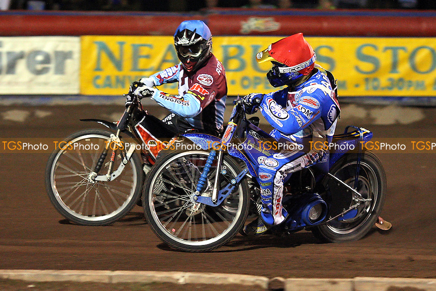 Heat 2: Robson (blue) and Madesen - Lakeside Hammers vs Coventry Bees - Elite League Knockout Cup Final 1st Leg at Arena Essex Raceway - 14/10/09 - MANDATORY CREDIT: Gavin Ellis/TGSPHOTO - Self billing applies where appropriate - Tel: 0845 094 6026