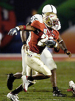 FSU's Lorenzo Booker takes a Drew Weatherford pass ten years to the Penn State 33 late in the third quarter of the 2006 FedEx Orange Bowl Game.
