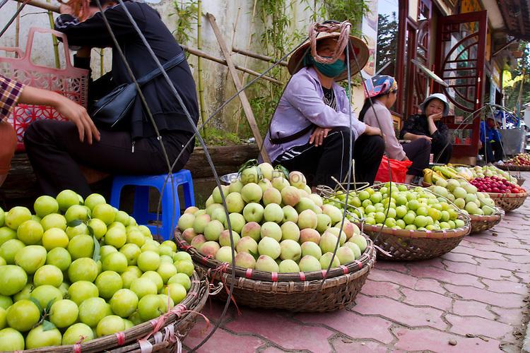 STREET VENDERS SELLING FRUITS
