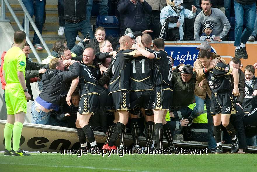 01/05/2010   Copyright  Pic : James Stewart.sct_jsp20_falkirk_v_st-mirren  .::  STEPHEN O'DONNELL IS CONGRATULATED AFTER SCORING THE EQUALISER ::  .James Stewart Photography 19 Carronlea Drive, Falkirk. FK2 8DN      Vat Reg No. 607 6932 25.Telephone      : +44 (0)1324 570291 .Mobile              : +44 (0)7721 416997.E-mail  :  jim@jspa.co.uk.If you require further information then contact Jim Stewart on any of the numbers above.........