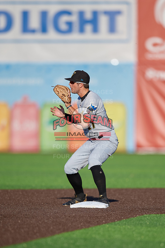 West Virginia Black Bears second baseman Cory Wood (27) waits for a throw during a NY-Penn League game against the Auburn Doubledays on August 23, 2019 at Falcon Park in Auburn, New York.  West Virginia defeated Auburn 8-1, the first game of a doubleheader.  (Mike Janes/Four Seam Images)