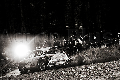 27.10.2016. Deeside Remote Service, Ruthin, Wales, WRC Dayinsure Rally, shakedown event.  Thierry Neuville (BEL) and Nicolas Gilsoul (BEL)- Hyundai I20 WRC