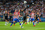 Atletico de Madrid's players Diego Godín, Filipe Luis and Stefan Savic and Bayern Munich's player Thiago Alcantara during match of UEFA Champions League at Vicente Calderon Stadium in Madrid. September 28, Spain. 2016. (ALTERPHOTOS/BorjaB.Hojas)