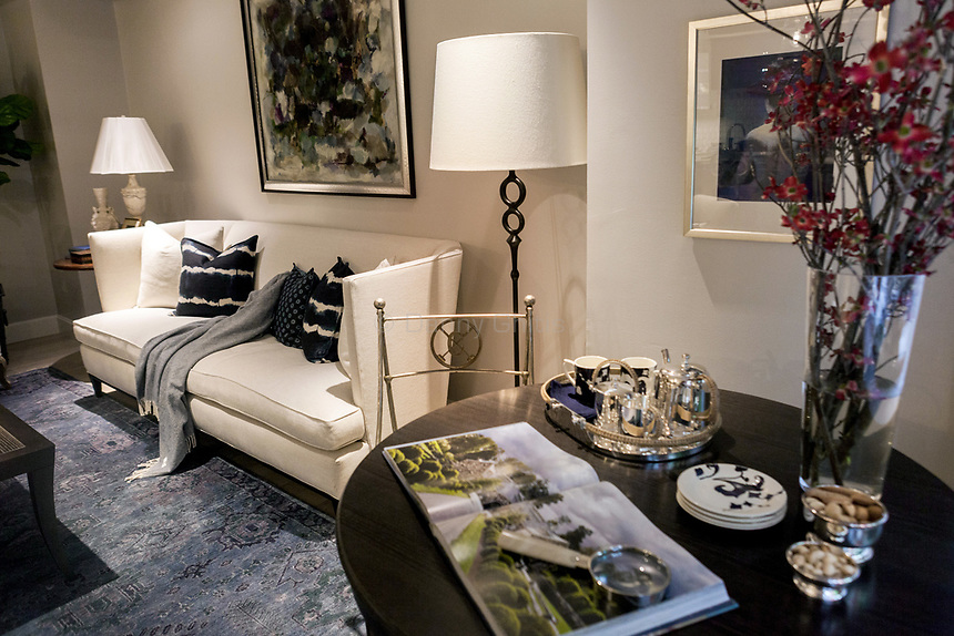 Design by Kate Singer Home (living room) at The 45th Kips Bay Decorator Show House, at 125 East 65th St. <br /> <br /> Danny Ghitis for The New York Times