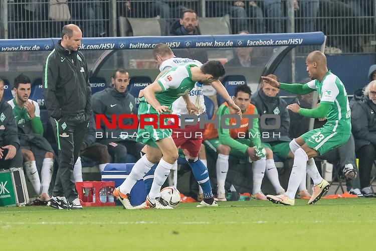 23.04.2016, Volksparkstadion, Hamburg, GER, 1.FBL. Hamburger SV vs Werder Bremen , im Bild<br /> <br /> Viktor Skripnik (Trainer Werder Bremen) regungslos <br /> <br /> Foto &copy; nordphoto / Kokenge