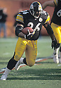 Pittsburgh Steelers Jerome Bettis (36) during a game from his 2001 season. Jerome Bettis played for 13 years with 2 different team, was a 6-time Pro Bowler and was inducted into the Pro Football Hall of Fame in 2015.