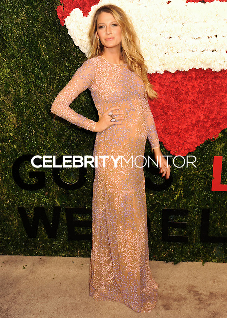 NEW YORK CITY, NY, USA - OCTOBER 16: Blake Lively arrives at the God's Love We Deliver, Golden Heart Awards held at Spring Studios on October 16, 2014 in New York City, New York, United States. (Photo by Celebrity Monitor)