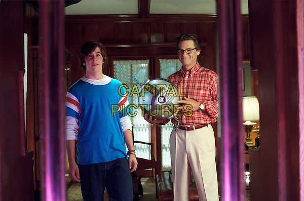 MICHAEL ANGARANO & KURT RUSSELL.in Sky High.Filmstill - Editorial Use Only.CAP/AWFF.www.capitalpictures.com.sales@capitalpictures.com.Supplied By Capital Pictures.