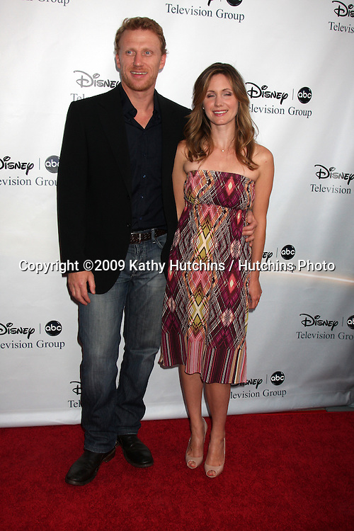 Kevin McKidd & Guest arriving at the ABC TV TCA Party at The Langham Huntington Hotel & Spa in Pasadena, CA  on August 8, 2009 .©2009 Kathy Hutchins / Hutchins Photo..