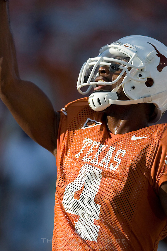 30 September 2006: Texas receiver Limas Sweed warms up prior to the Longhorns 56-3 victory over the Sam Houston State Bearkats at Darrell K Royal Memorial Stadium in Austin, TX.