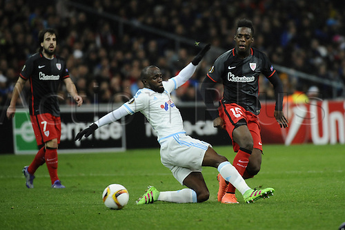 18.02.2016. Marseille, France. UEFA Europa league football. Marseille versus Athletic Bilbao.  Diarra (OM) tries to block the cross from Iñaki Williams